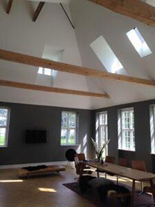 Endelig resultat af indendørs maler udskiftning af væg